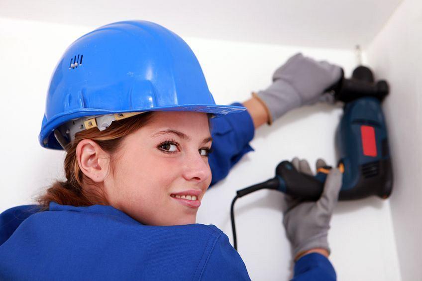 Работа в польше для девушек из беларуси найти работу полной моделью